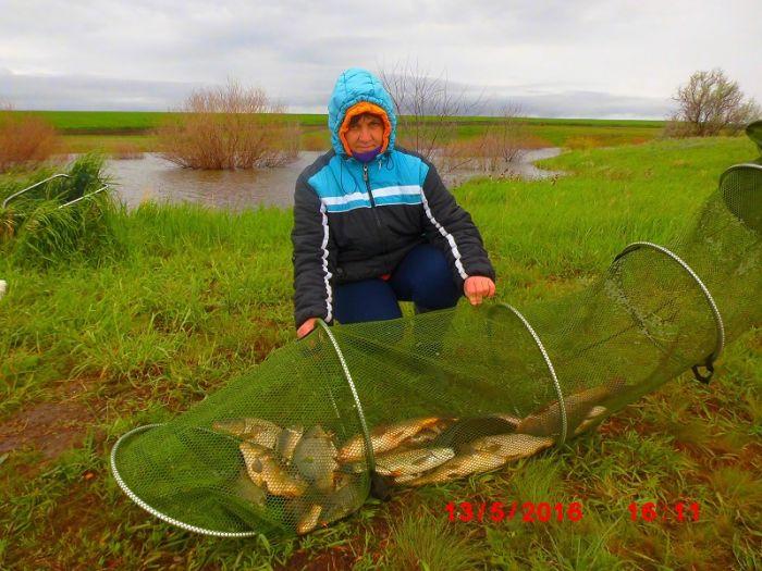 рыбалка на пруду черноморец